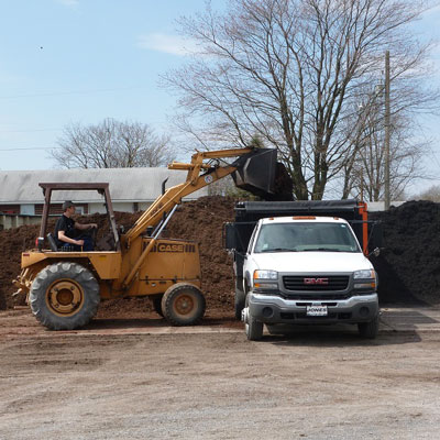 Mulches, Bark & Topsoil